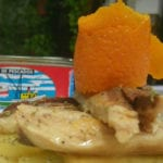Ensalada tibia de lomos de caballa, patatas confitadas y vinagreta de naranja Conservera de Tarifa